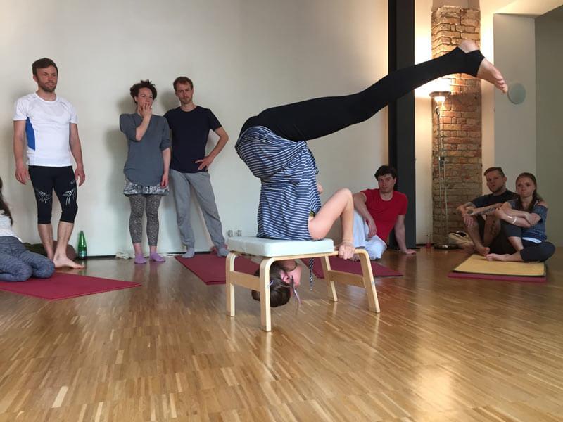 2016_05_acro_yoga_03