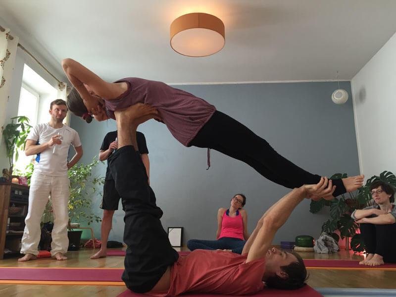 2016_05_acro_yoga_06