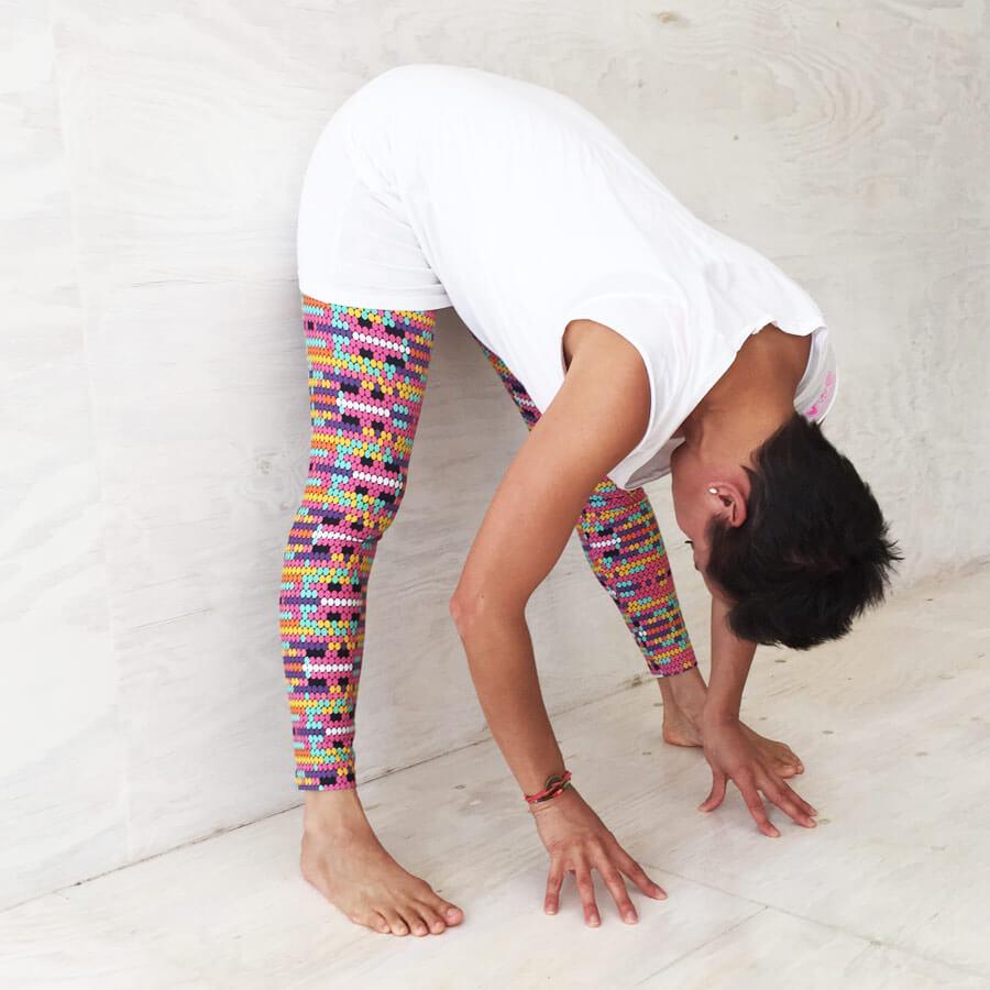 8 entspannte yoga bungen in der schwangerschaft yogabasics. Black Bedroom Furniture Sets. Home Design Ideas