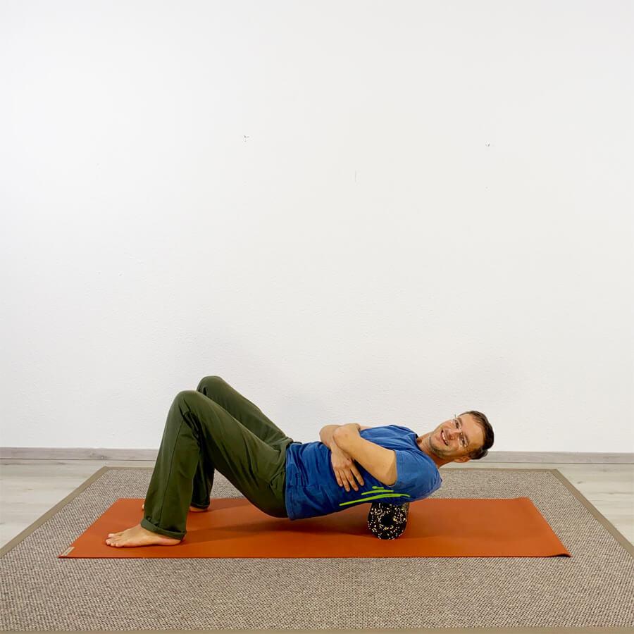 Faszien Yoga mit Rolle