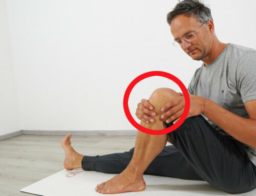 Knieschmerzen im Yoga vermeiden – so geht´s